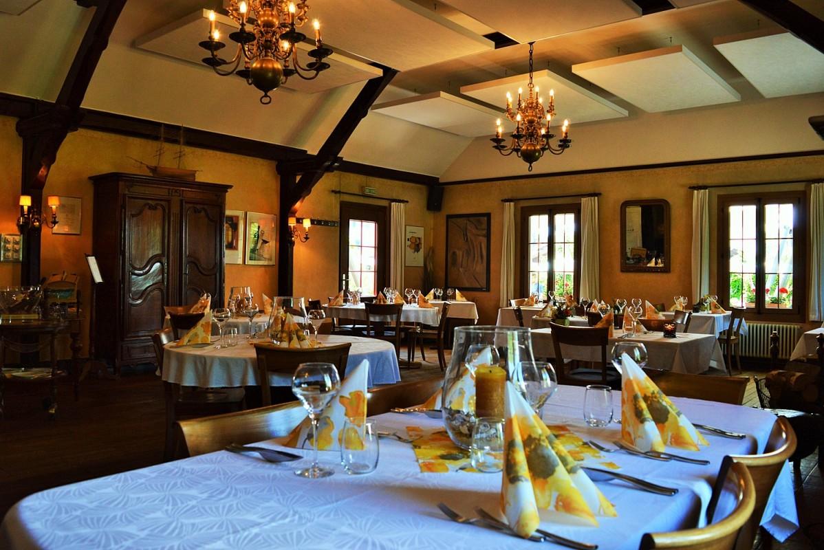 Salle de banquet groupe Payerne